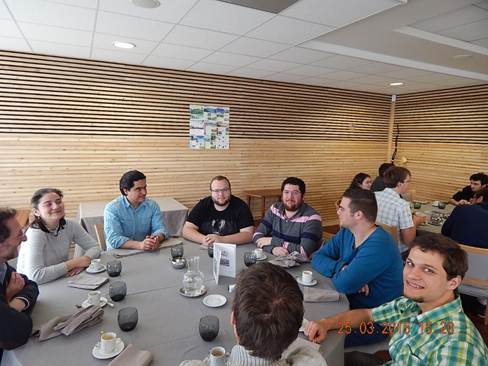 repas_groupe_2015-4